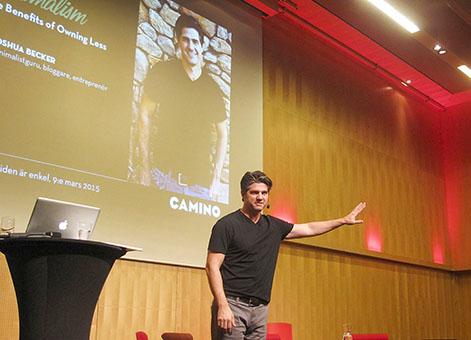 Joshua Becker talar om minimalism på Caminodagen.