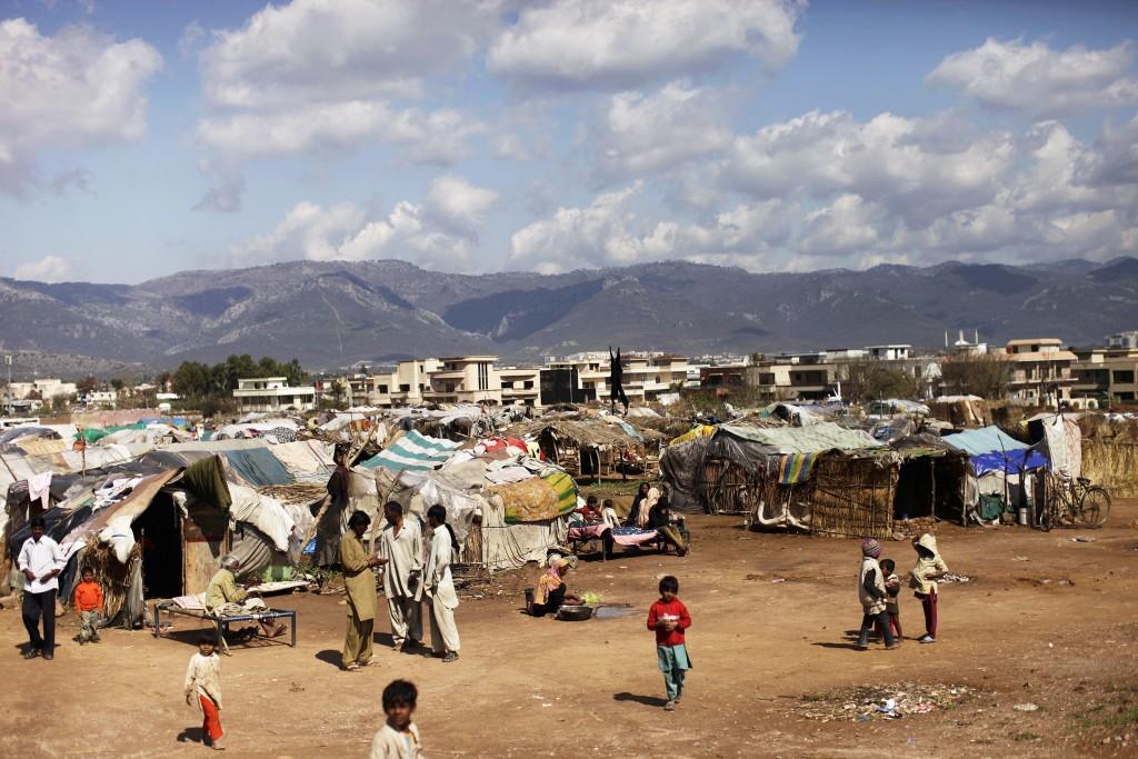 Millenniemålen är inte inriktade på strukturella förändringar som minskar fattigdomen, anser kritiker. (AP Photo/Muhammed Muheisen)