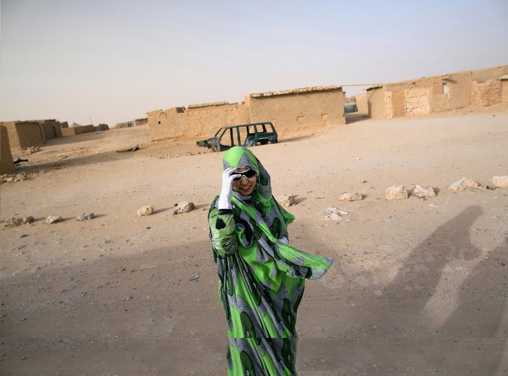 Mariam Lehbib bor i ett flyktingläger i Tindouf. Hon studerar engelska och vill bli lärare. Foto: Johan Persson