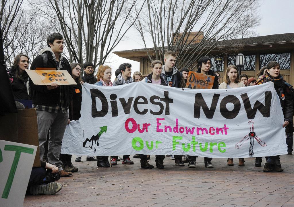 Från studentaktivism till styrelserummen. Under Parismötet uppgavs att tillgångar för 3,4 biljoner dollar nu ska divesteras. Foto: James Ennis/Creative Commons 2.0