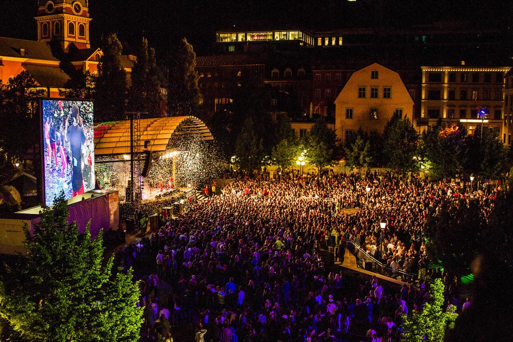 Kulturfestivalen We are Stockholm i augusti förra året. Under festivalen blev hundratals unga kvinnor utsatta för sexuella övergrepp. Ett rykte spreds att de flesta förövarna var ensamkommande flyktingungdomar från Afghanistan. Foto: Alexander Tillheden/TT