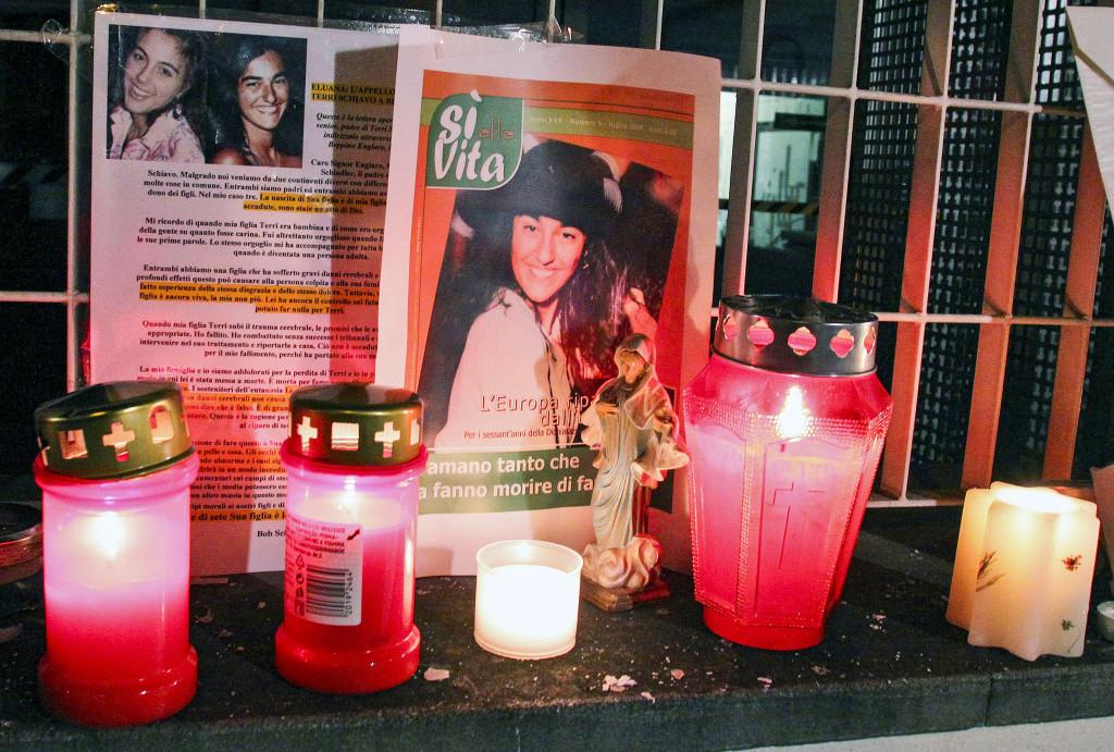 Eluaro Englana, 38 år, dog 2009 efter 17 år i koma efter en trafikolycka. Hennes anhöriga kämpade för att hon skulle få dö. Violete Kurti vill ha rätt till aktiv dödshjälp även för psykisk sjukdom. Foto: Paolo Giovannini/AP/TT.