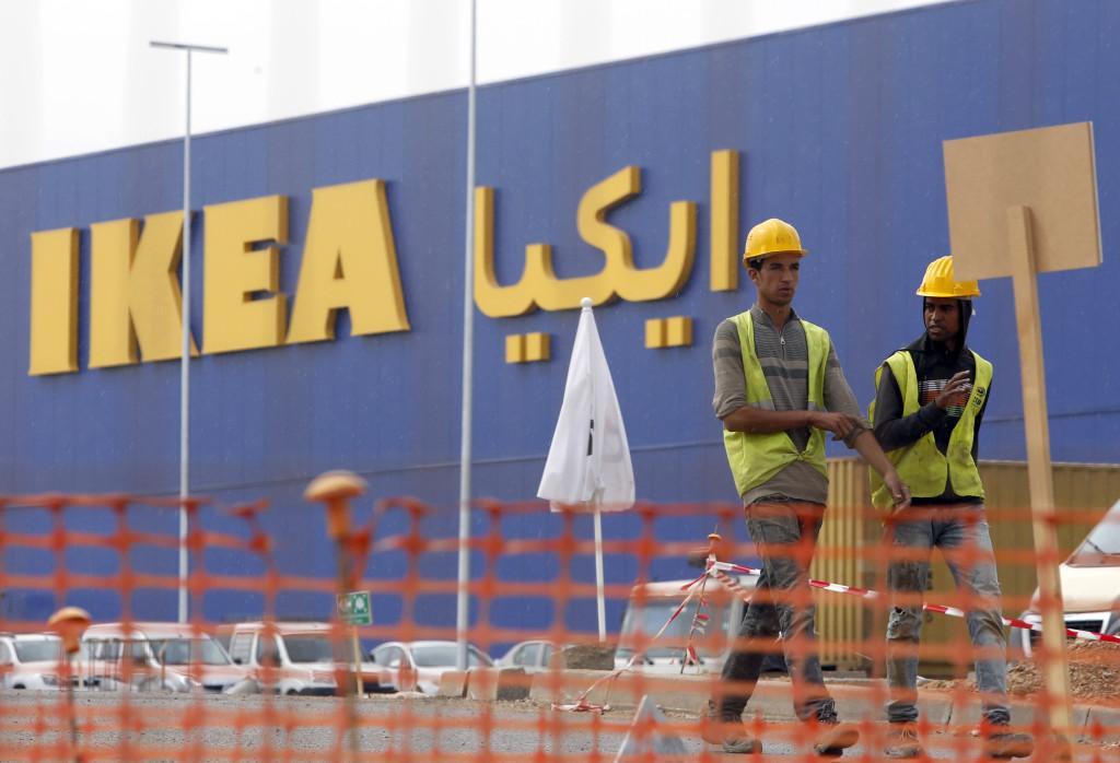 Ett Ikeavaruhus finns redan byggt i Marocko. Nu är frågan när det öppnas. Foto: AP Photo/Abdeljalil Bounhar.