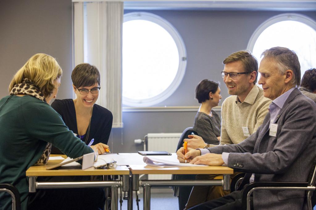 """På Miljöpartiets dialogkonferenser i helgen diskuterades flyktingfrågan. Budskapet var """"se framåt"""". Foto: Miljöpartiet de gröna."""