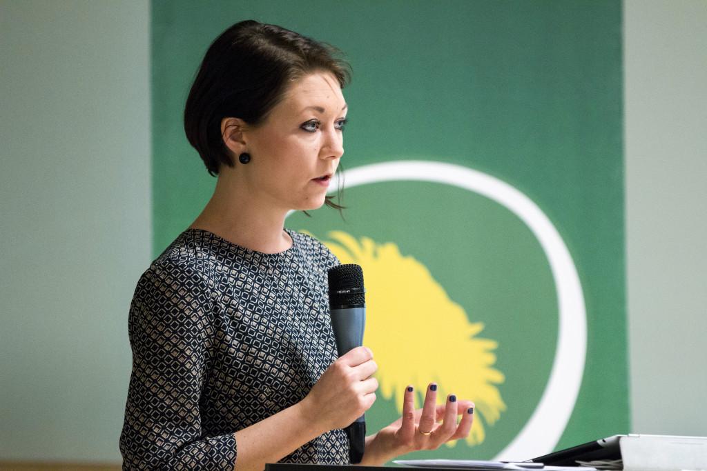 """""""Migrationsverket har alltid haft i uppdrag att jobba med återvändande. Viktigt för oss är att det sker så rättssäkert som möjligt"""" säger Maria Ferm, Miljöpartiets migrationspolitiska talesperson. Foto: Miljöpartiet de gröna."""