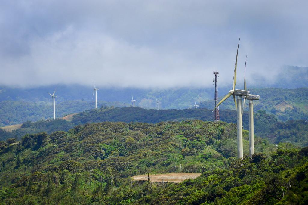 Vindkraftspark 50 kilometer sydost om Costa Ricas huvudstad San José. Foto: Diego Arguedas Ortiz/IPS.