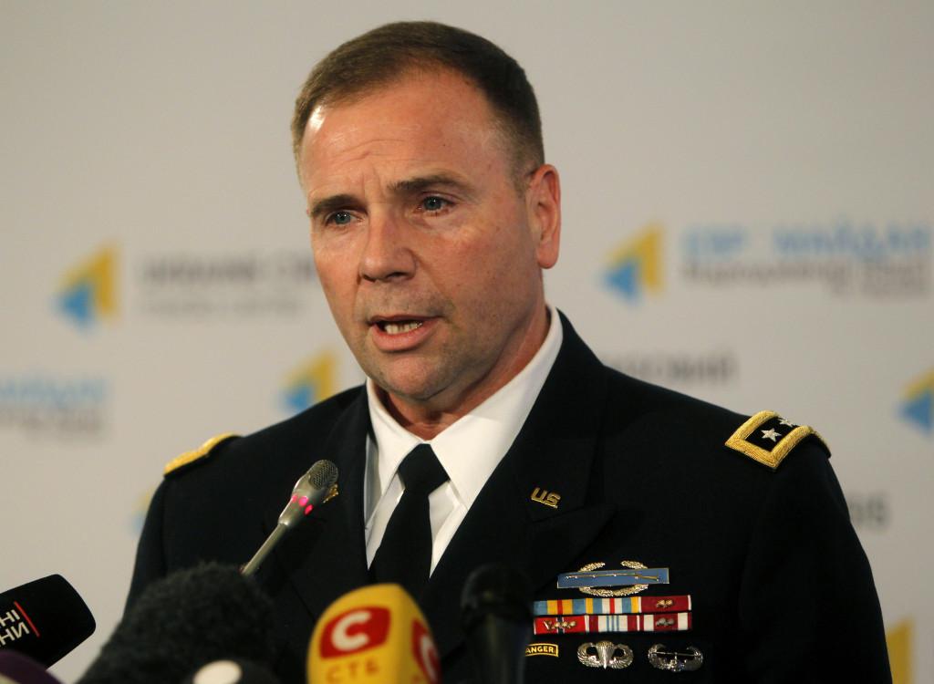 USAs arméchef för Europatrupperna Ben Hodges. Foto: AP Photo / Sergei Chuzavkov/TT.