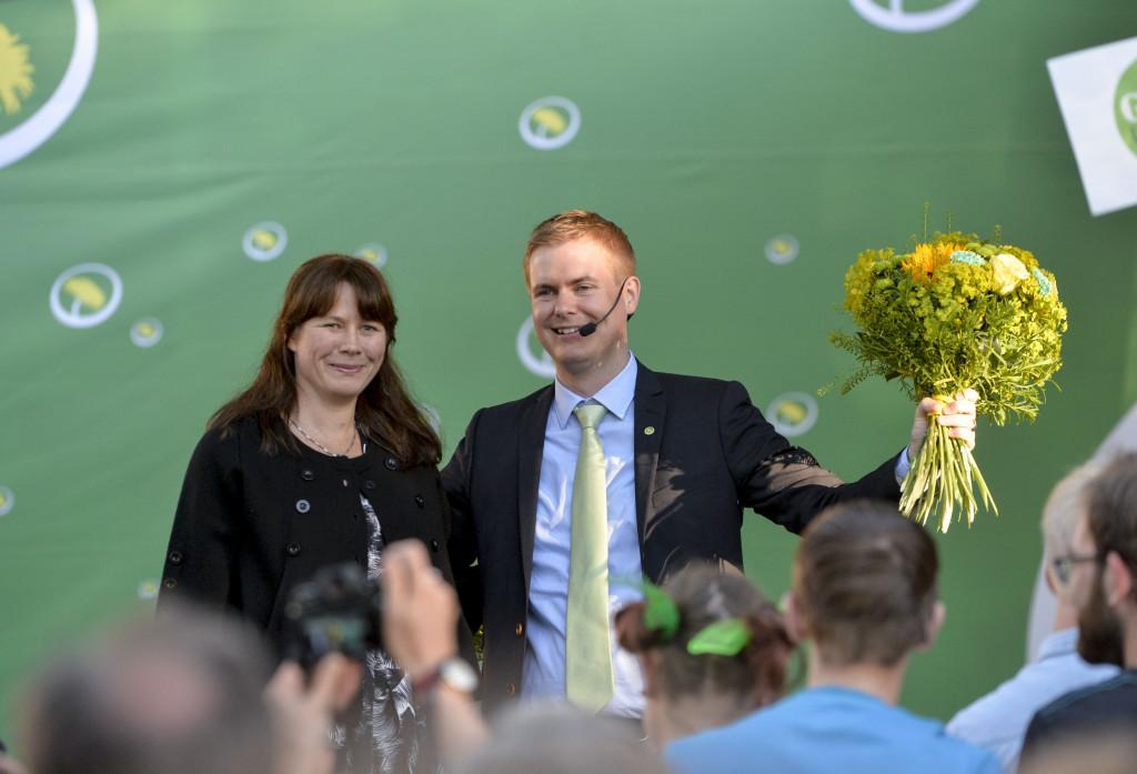 Miljöpartiets språkrör Gustav Fridolin och Åsa Romson i Almedalen där även Greenwashpriset kommer att delas ut i år. Foto: Marcus Ericsson/TT.
